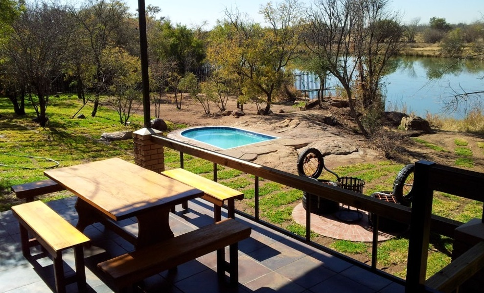 Stone Lodge Accommodation Dinokeng