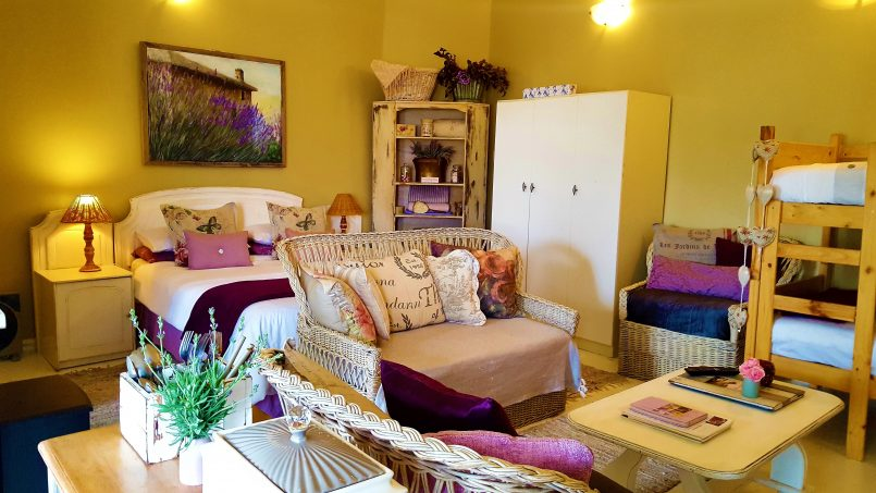 Lilacs Cottage Accommodation Blouberg, Cape Town