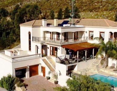 La Vue Parfaite Gordons Bay Guesthouse