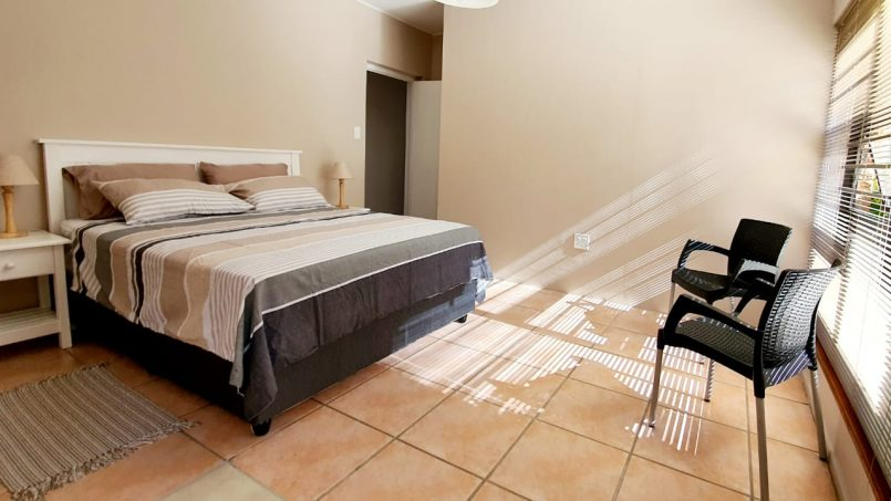 2nd Queen Bedroom & Private Toilet